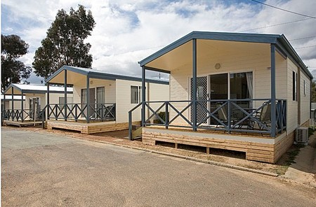 Crestview Top Tourist Park - Accommodation BNB
