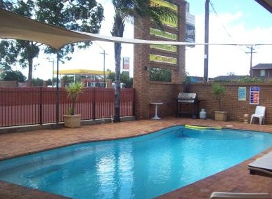 Town And Country Motor Inn Cobar - Accommodation BNB