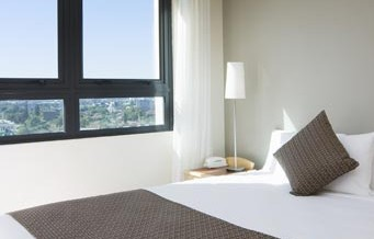 Pacific International Suites Parramatta - Accommodation BNB