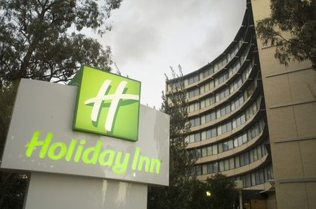 Holiday Inn Melbourne Airport - Accommodation BNB