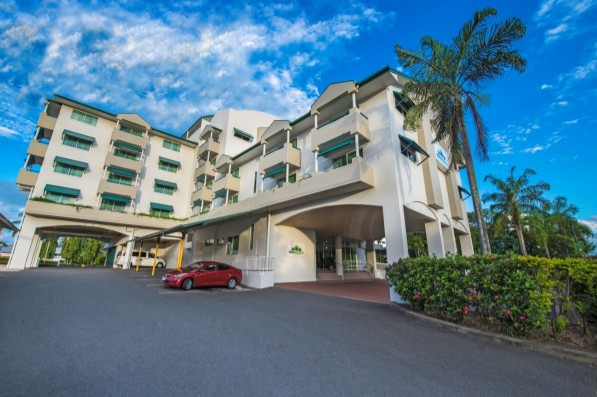 Cairns Sheridan Hotel - Accommodation BNB