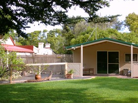 Shiralea Country Cottage - Accommodation BNB