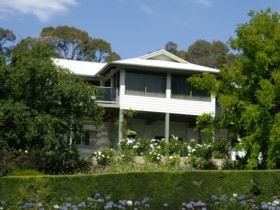 Riverscape Holiday Home - Accommodation BNB