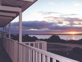 Sunsets at Baudin Beach - Accommodation BNB