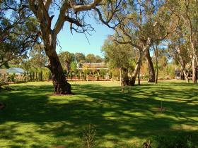 Jacobs Creek Retreat at Moorooroo Park - Accommodation BNB