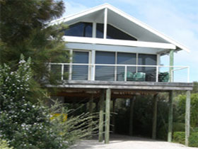 Sheoak Holiday Home - Accommodation BNB
