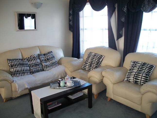 Beachside Apartment - Hove - Accommodation BNB