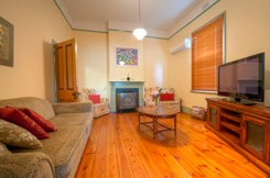 Semaphore Beach Cottage Bed and Breakfast - Accommodation BNB