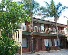 Wentworth Club Motel - Accommodation BNB