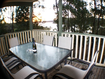 Lake Monduran Holiday Park - Accommodation BNB
