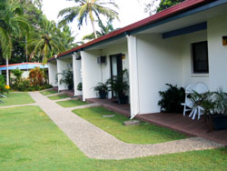 Sunlover Lodge Holiday Units and Cabins - Accommodation BNB