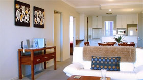 Churchill Apartments - Accommodation BNB