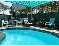 Beachmere Palms Motel - Accommodation BNB