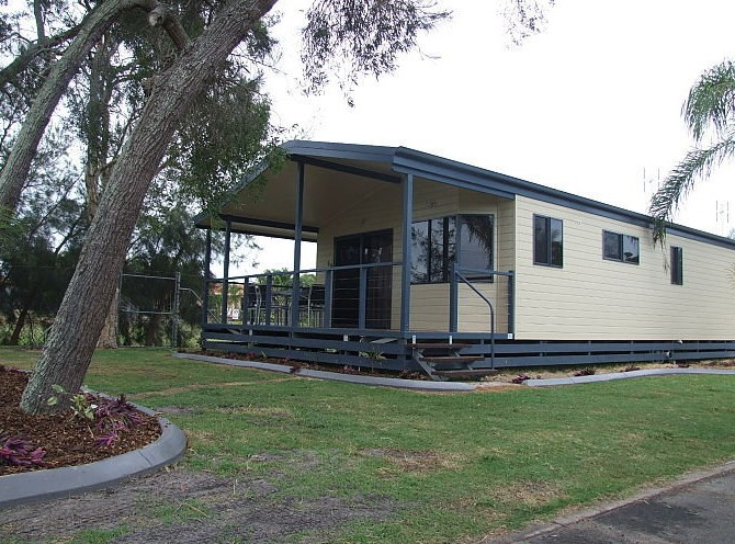 Happy Wanderer Village Caravan Park - Accommodation BNB