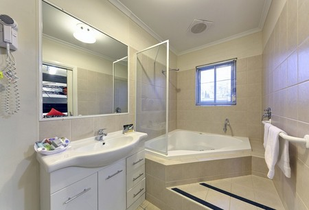 Comfort Inn And Suites Georgian Albury - Accommodation BNB