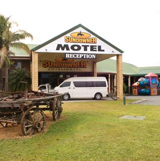 Sundowner Hotel - Accommodation BNB