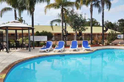 Pinjarra Resort  - Accommodation BNB