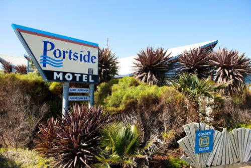 Golden Chain Portside Motel - Accommodation BNB
