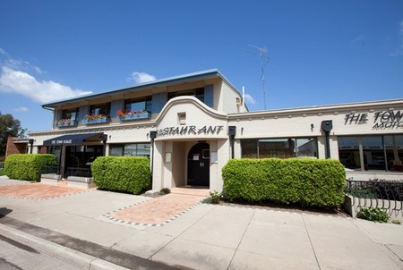 The Town House Motor Inn - Sundowner Goondiwindi - Accommodation BNB