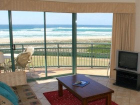 Currumbin Sands Holiday Apartments - Accommodation BNB