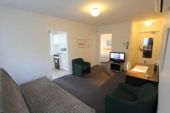 Drummond Apartments Services - Accommodation BNB