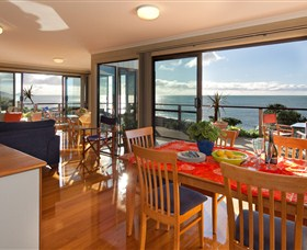 Boat Harbour Beach House - The Waterfront - Accommodation BNB