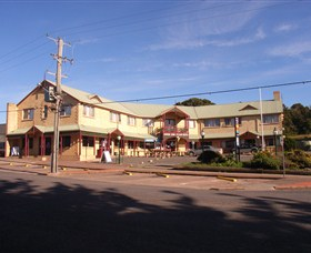 Parer's King Island Hotel