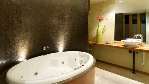 Hepburn Spa Pavilions - Saffron - Accommodation BNB