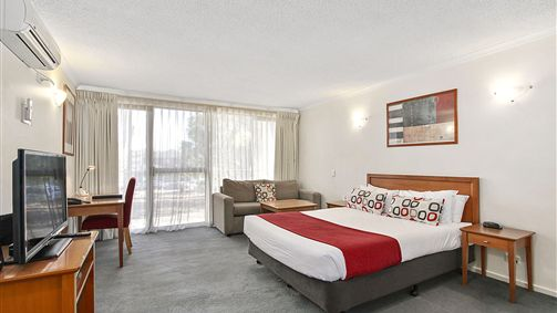 Quality Inn and Suites Knox - Accommodation BNB