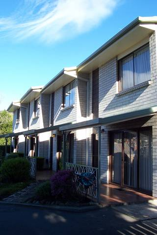 Davey Place Holiday Town Houses - Accommodation BNB