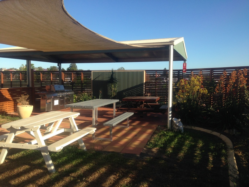 Gympie Caravan Park - Queens Park - Accommodation BNB