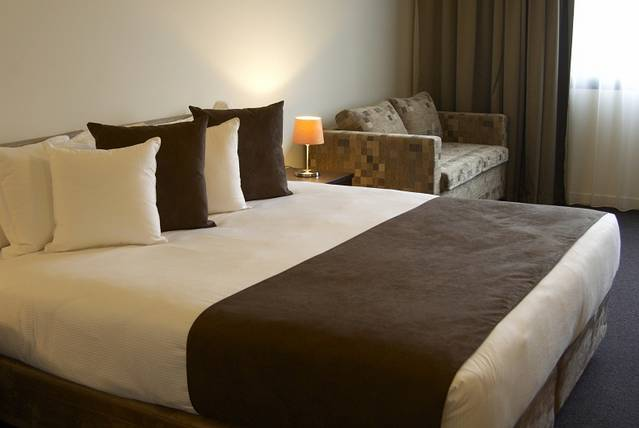 Quality Hotel Tabcorp Park - Accommodation BNB