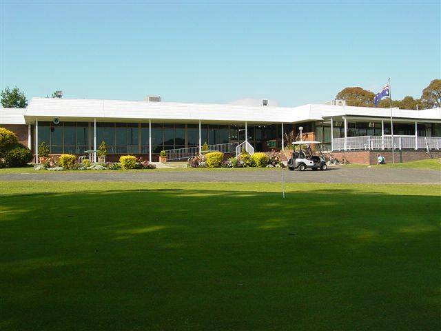 Tenterfield Golf Club and Fairways Lodge - Accommodation BNB