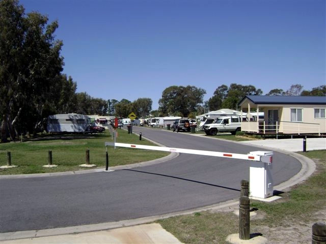 Toorbul Caravan Park - Accommodation BNB
