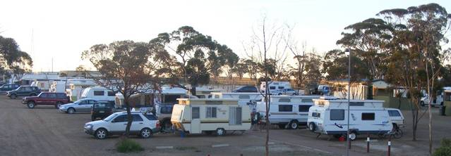 Woomera Traveller's Village  Caravan Park - Accommodation BNB