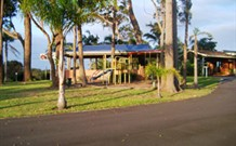 Tabourie Lake Motor Inn - Tabourie Lake - Accommodation BNB