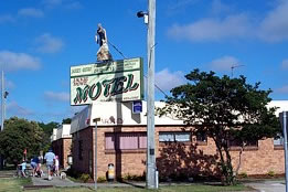 Jackie Howe Motel - Accommodation BNB