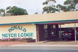 DONALD MOTOR LODGE - Accommodation BNB