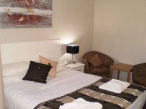 Country Leisure Motor Inn - Accommodation BNB