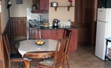 Mount Christopherson Retreat - Accommodation BNB