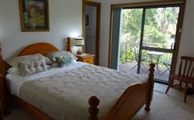 Peaceful Palms Bed and Breakfast - - Accommodation BNB