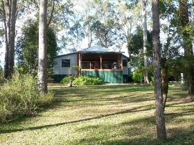Bushland Cottages and Lodge Yungaburra
