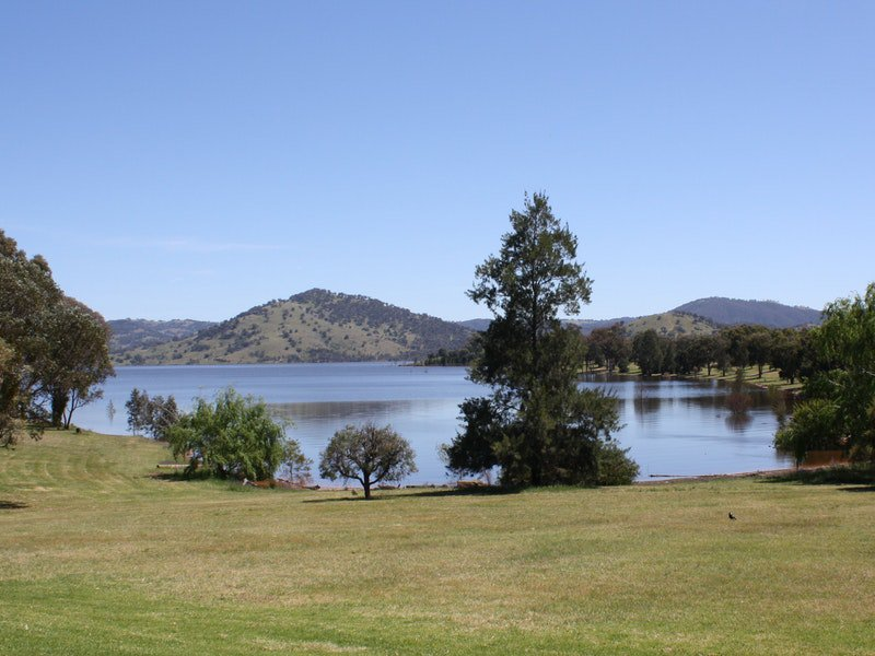 Inland Waters Holiday Parks Grabine Lakeside