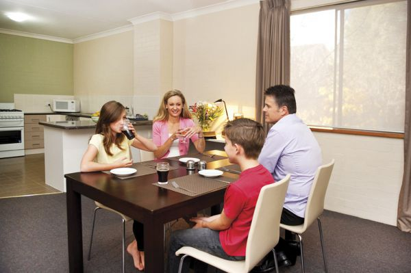 Oxley Court Apartments - Accommodation BNB