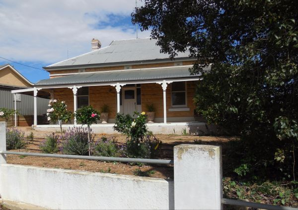 Book Keepers Cottage Waikerie - Accommodation BNB