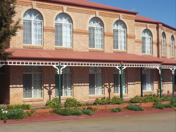 Heritage Motor Inn Goulburn - Accommodation BNB