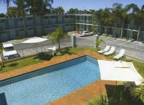 Commodore Motor Inn Mildura - Accommodation BNB