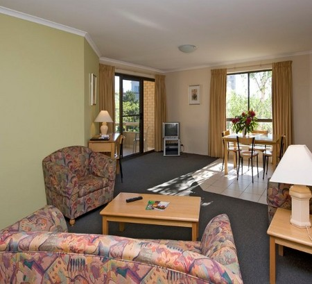 Kingston Court Serviced Apartments - Accommodation BNB