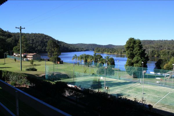 Juniors on Hawkesbury - Accommodation BNB