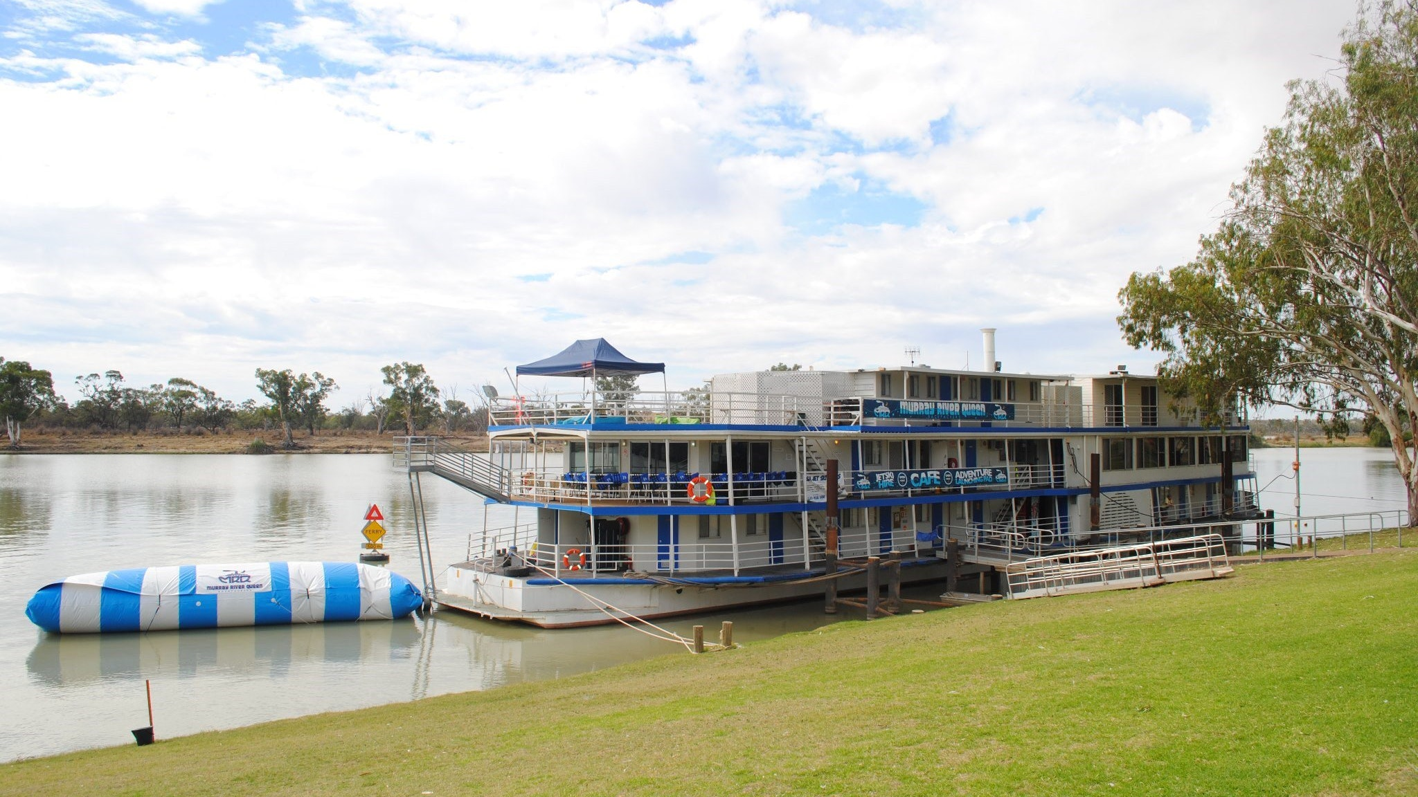 Murray River Queen Backpackers - Accommodation BNB